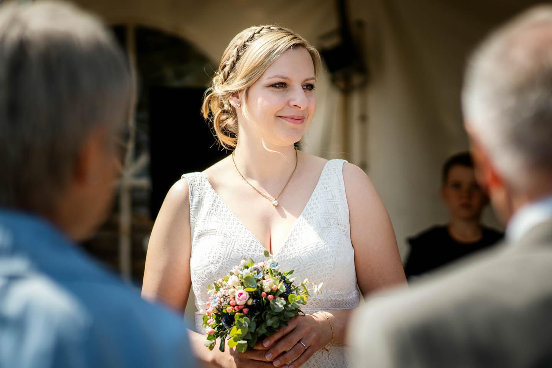 Hochzeitsfotograf | Braut mit Brautstrauß