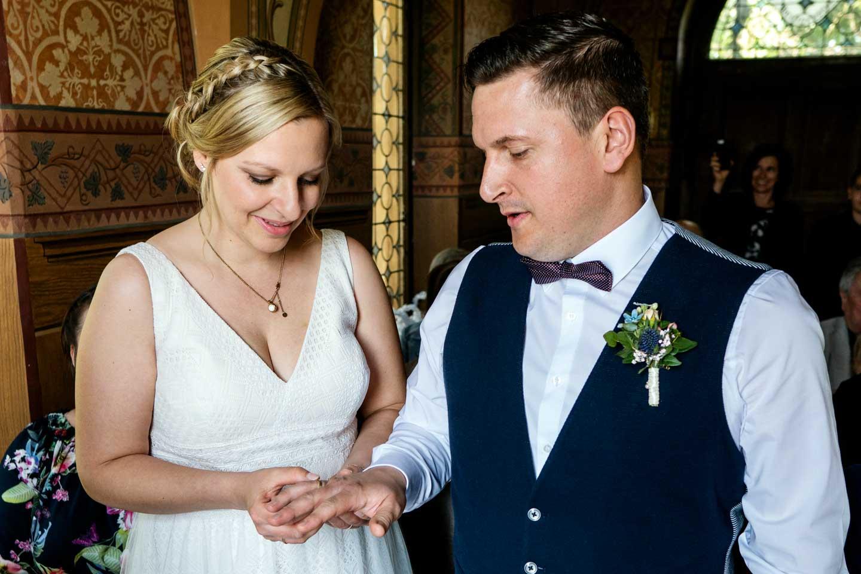 Hochzeitsfotograf | Ringtausch in der Kapelle Heiligenblut